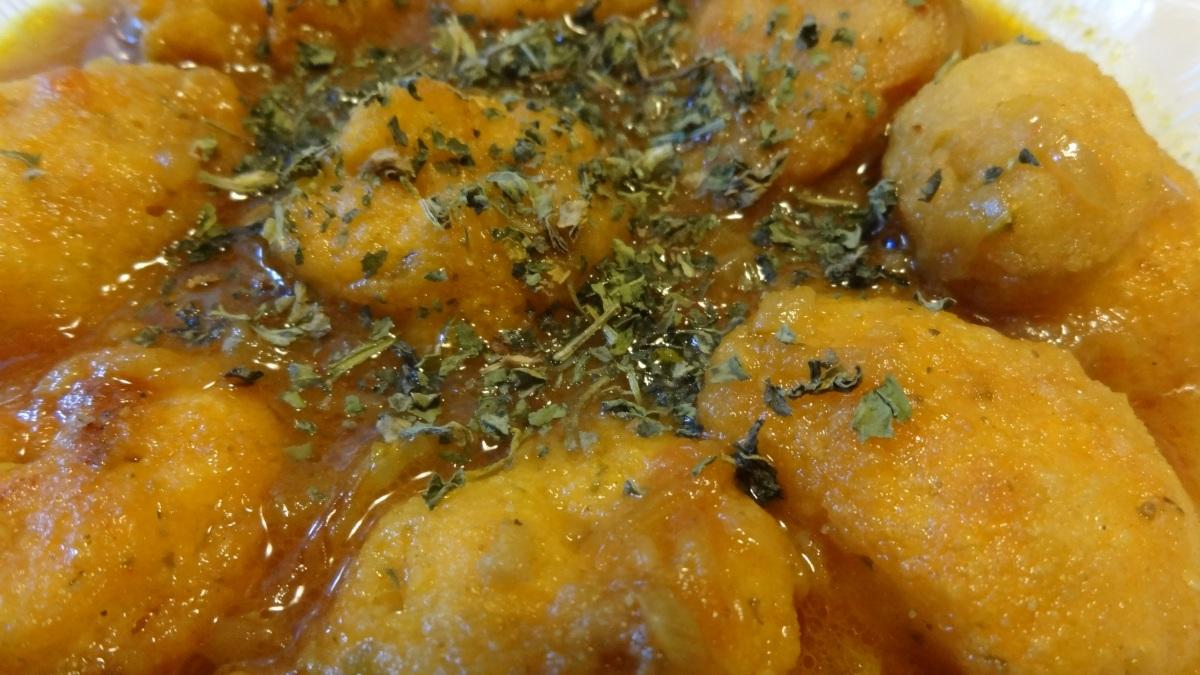 Lentil dumplings in gravy